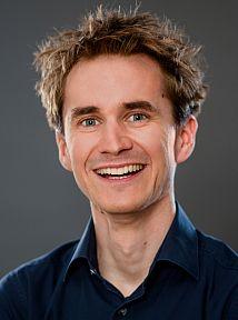 Portraitfoto Dr. Henning Beck bei der Diggi 17, Fotograf Marc Fippel