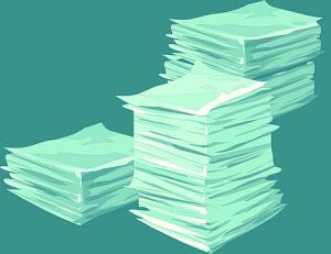Symbolbild Papierstapel zu Literaturrecherche