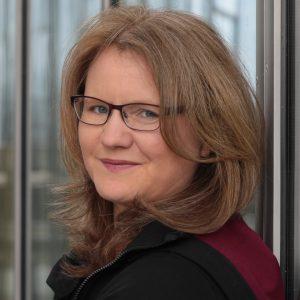 Porträtfoto Dr. Katja Flinzner. Foto: Mike Flinzner. zum Beitrag Blogwichteln 2019/20